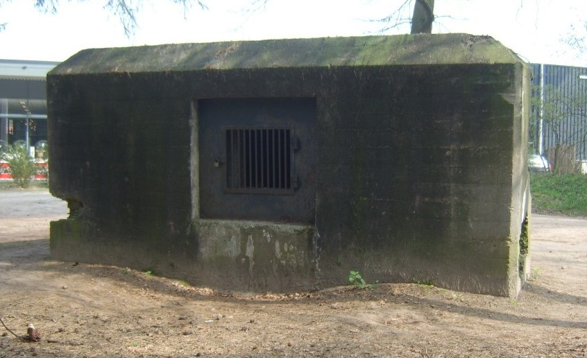 """""""Kazemat 95 S"""" von der Maaslinie, der Bunker aus dem Oorlog Museum in Overloon."""