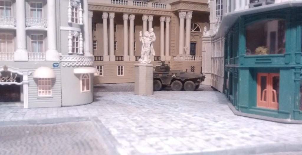 """Auch der 8-Rad-Spähpanzer """"Luchs"""" der Bundeswehr fühlt sich irgendwie glaubwürdig an."""