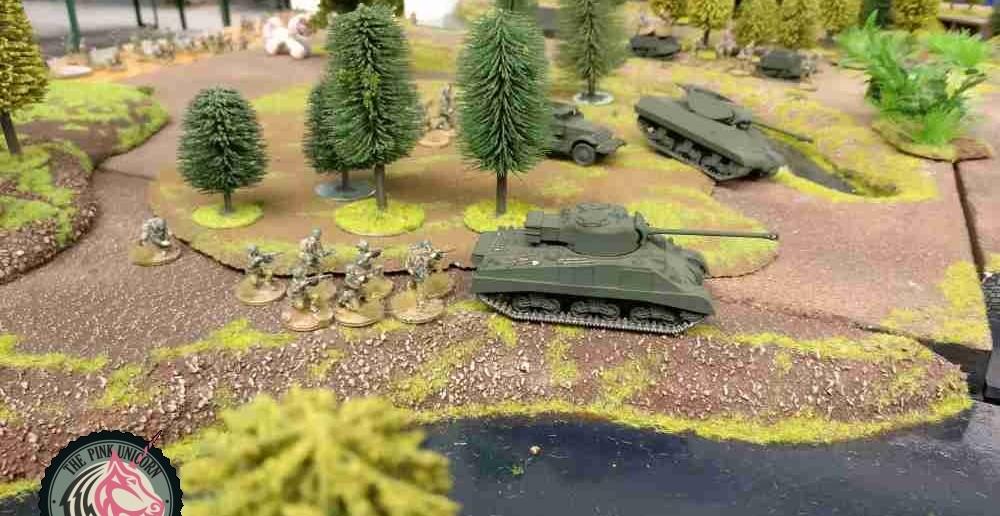 Auch der M4 Sherman Firefly zockelt jetzt langsam vor sich hin. ( Behind Omaha. Forum / Spielbericht )