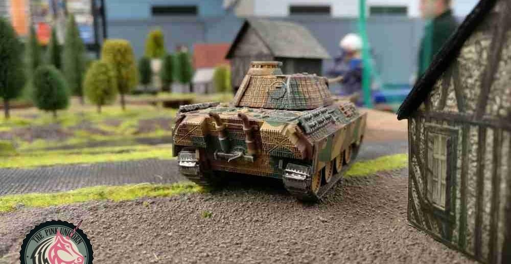 Der Panther kann mit seiner 70cm weit reichenden Kanone einen Großteil des Verbindungsstegs bestreichen. ( Behind Omaha. Forum / Spielbericht )
