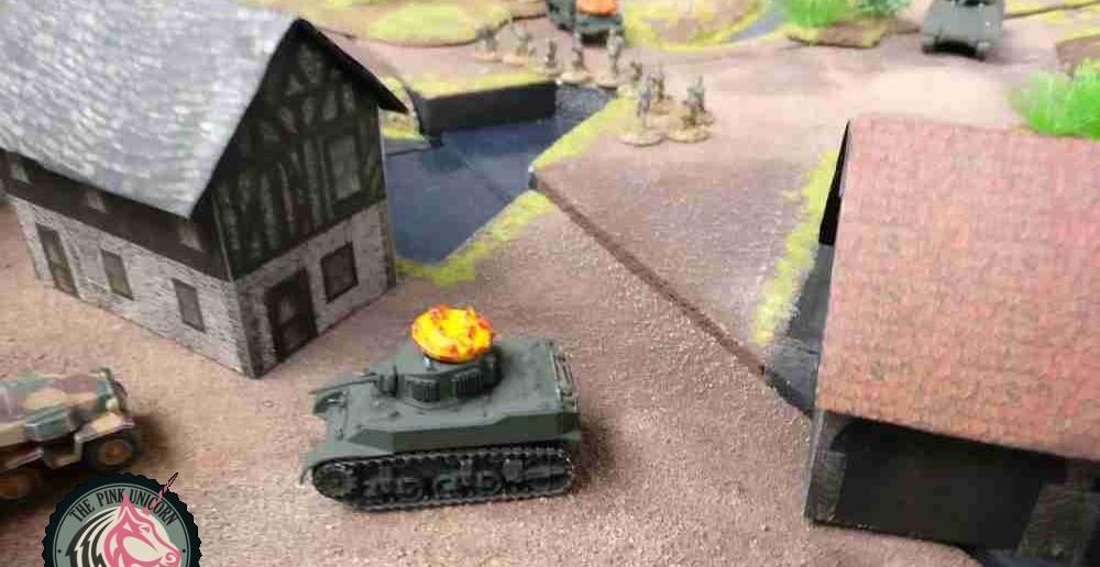 Allerdings könnte der Kommandant des rechten 251/9 die angreifenden Tommies unter Feuer nehmen. ( Behind Omaha. Forum / Spielbericht )