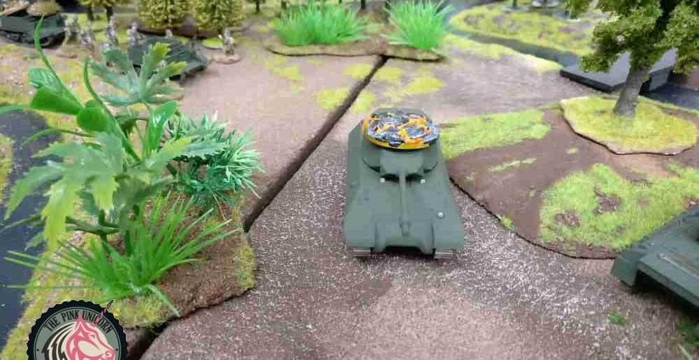 Der britische Jagdpanzer erhält von den deutschen Granatwerfern den tödlichen Treffer. ( Behind Omaha. Forum / Spielbericht )