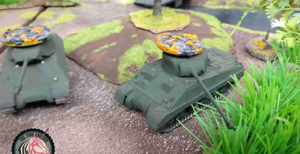 Der M4 Sherman Firefly hat von den deutschen 81mm-Mörsern den Rest bekommen. ( Behind Omaha. Forum / Spielbericht )