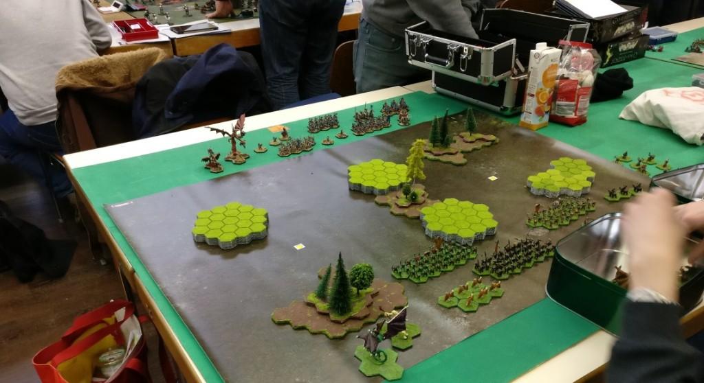 Foto eines Soieltschs auf dem Demonworld-Turnier auf dem DreieichCon 2016