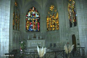Der gleiche Ort in der Normandie, fotografiert in der Gegenwart.