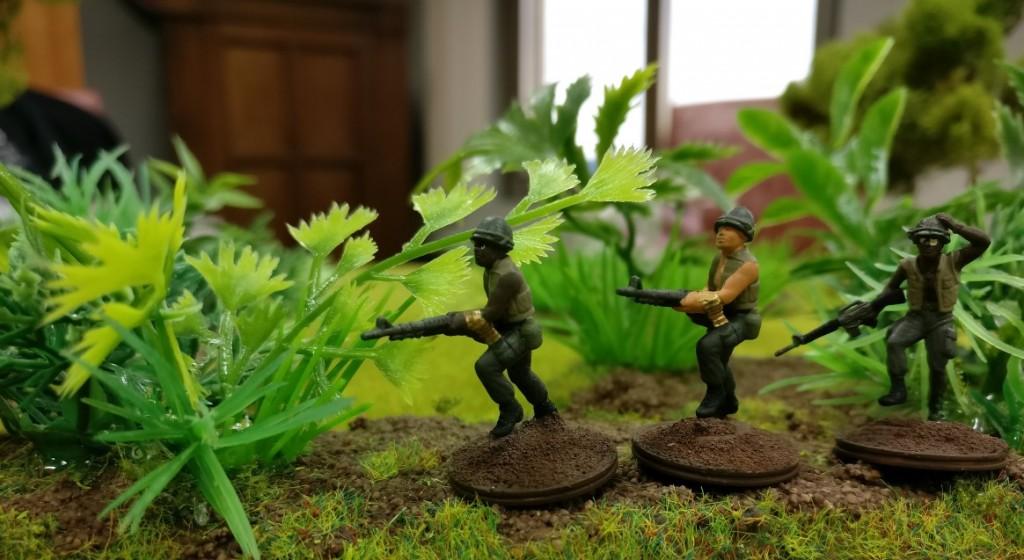 """3 US-Grunts mit einem M16 und zwo M60  im Projekt """"Vietnam 69"""" von Doncolor."""