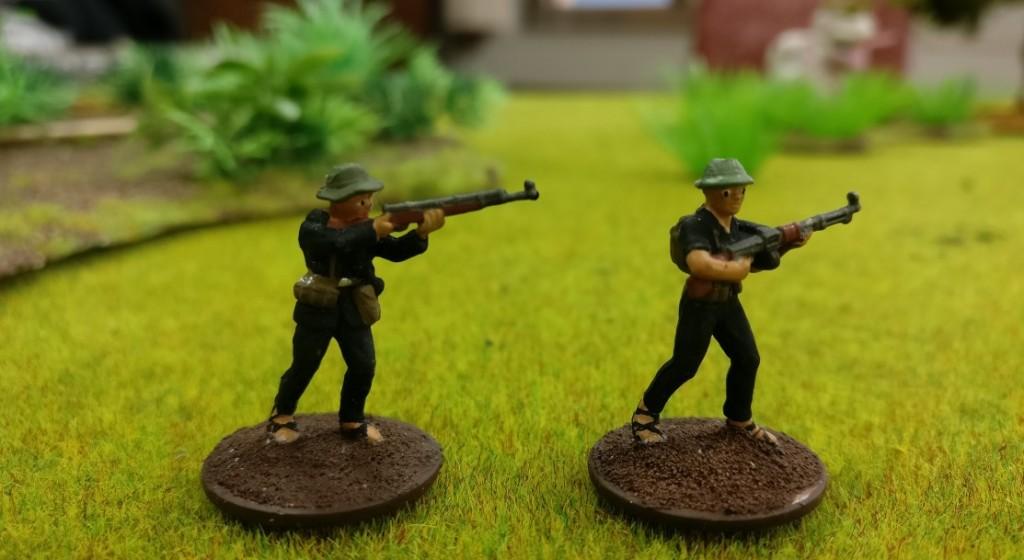 "2 Schützen des Viet Cong in Doncolors Projekt ""Vietnam 69""."