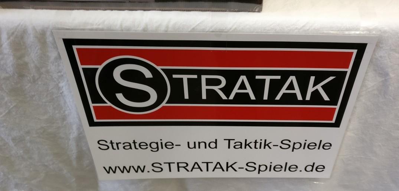 STRATAK ist die zweite Anlaufstelle von Philipp Lohmann. Auch René Lamotte erhält seine Urkunde für den Goldenen Stephan.