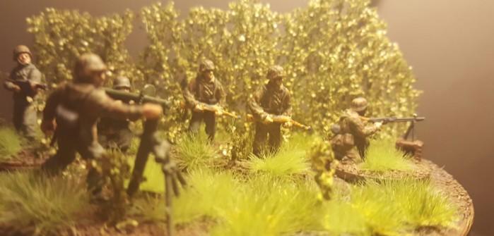 Oberst Klink: Jarnos Mannen im Manöver