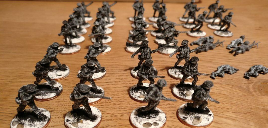 Die PSC-Briten für den Plasti. Die tragen keinen Denison Smock und sind schneller zu pinseln als die Paratroopers.