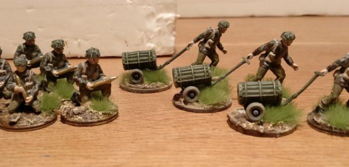 Hier die fertigen British Paratroopers con Waterloo.
