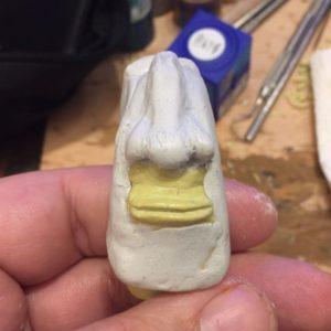 Mit Apoxie Sculpt lässt sich viel leichter formen.