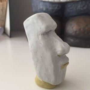 ... sondern dass die Oberfläche auch plan modelliert ist und sich wie Moai anfühlt.