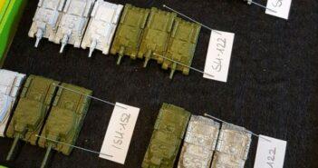 Zuckerartistik: Bemalen der Russen-Tanks von GHQ-Miniatures