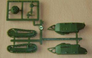 Der Bausatz der Version mit der 37-mm-Puteaux-Kanone (Haet 8113)
