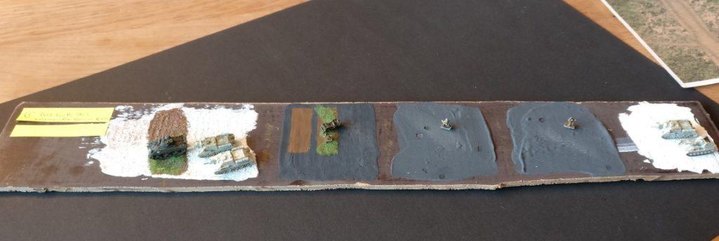 Arbeitsproben für den Spielplatten- und Geländebau in 1:285.  Auftrag von Strukturpaste, Magnetlack und Begrünung.