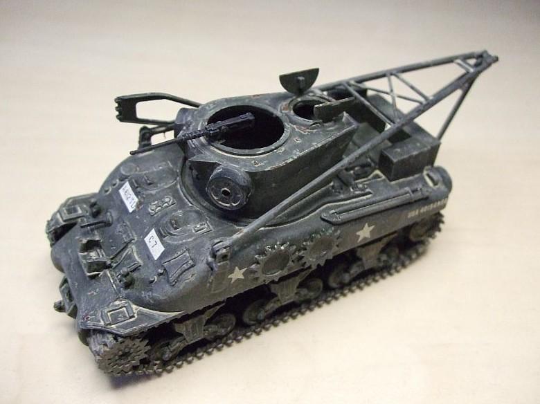 Ein M32 Sherman ARV von UM, einfach out of Box (minus der ätzenden Ätzteile)