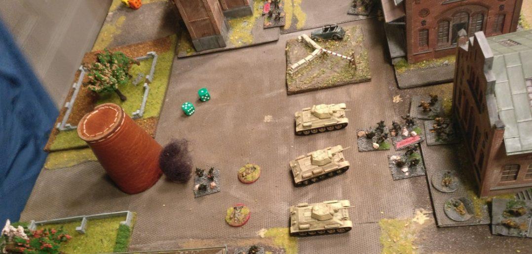 Der Granatwerferbeschuss zeigt ebenfalls Wirkung. Die verbleibenden Truppen gehen in den Nahkampf über, werden jedoch von den Wehrmachtlern mit Bravour wieder geworfen.