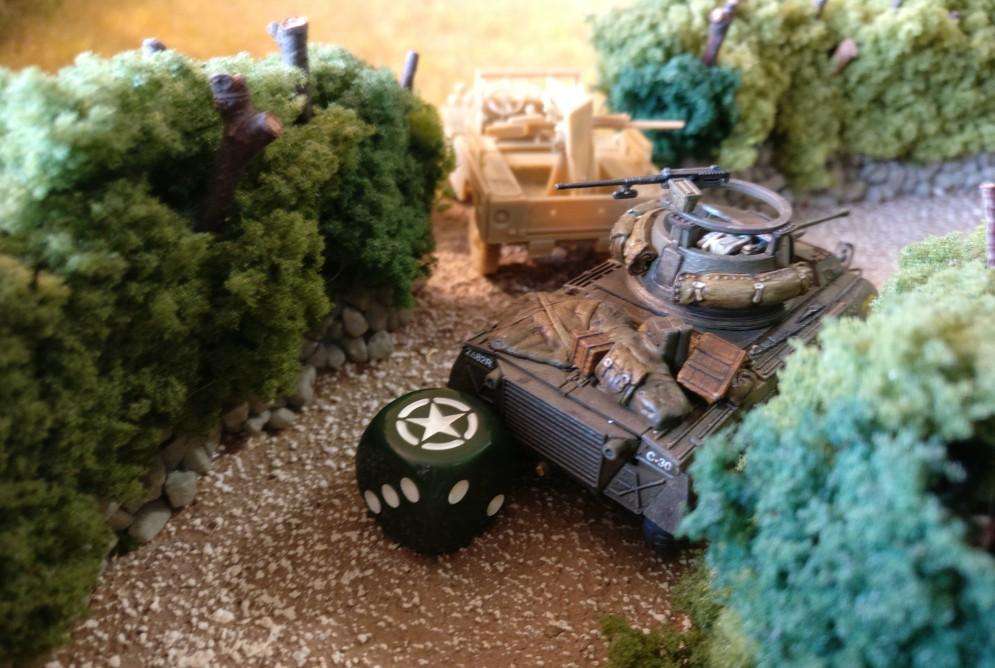 Der M8 Greyhound gesellt sich zu dem Pak-Truck