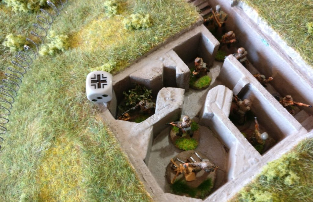 Das MG im Tobruk-Bunker ist noch zur Untätigkeit verdammt.