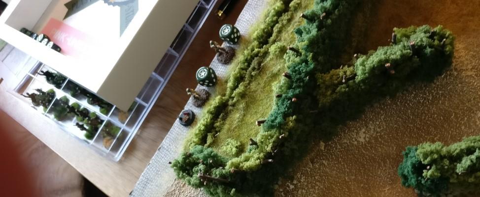 Der zweite US-Sniper bewegt sich ebenfalls durchs Gelände.
