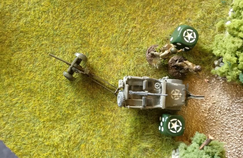 Am Pak-Jeep sitzen die beiden US-Trupps ab.