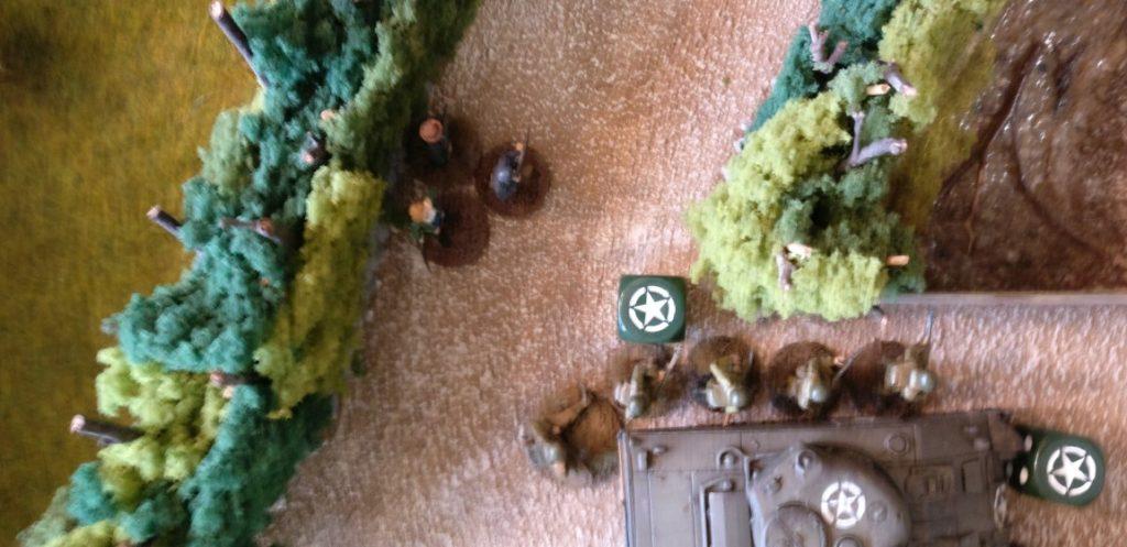 Infanterie zieht nach.