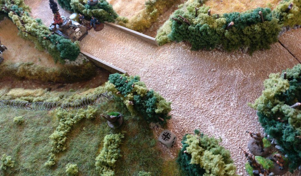 Deutsche Grenadiere knöpfen sich die Résistance-Kämpfer vor. Nachdem diese das Feuer eröffnet haben, werden die eifrigen Zivilisten beschossen.