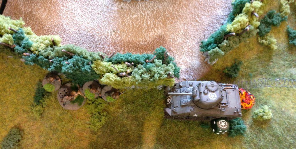 Im 7. Zug erreichen die alliierten Panzer die deutschen Linien und greifen ins Gefecht ein.