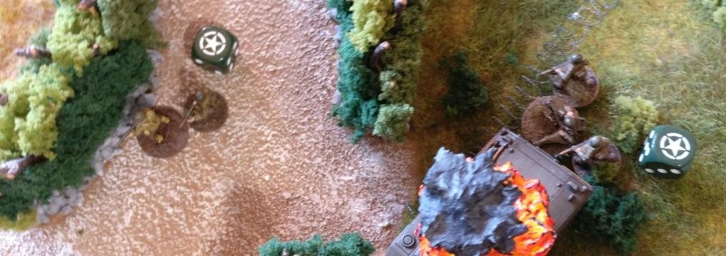 Die beiden US-Infanterie-Trupps ziehen vorsichtig vor.