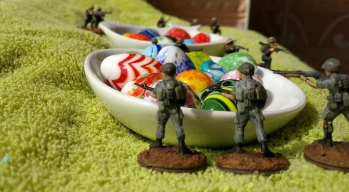 Drei US-Grunts machen sich am Schatz des Ho-Chi-Minh zu schaffen!