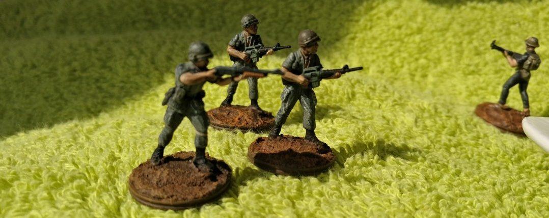 Die Herren des USMC auf der Suche nach dem Schatz.