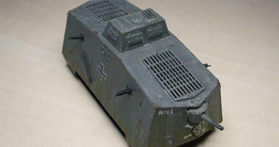 """Leutnant Biltz befehligte den Sturmpanzerwagen A7V """"Nixe"""" im ersten Panzergefecht der Geschichte."""