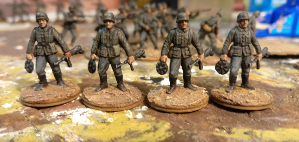 Vier Pioniere für das Schützen-Regiment 1
