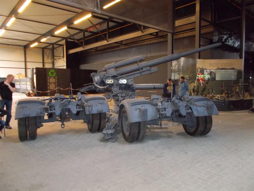 Acht-Acht-Flak im Museum Overloon
