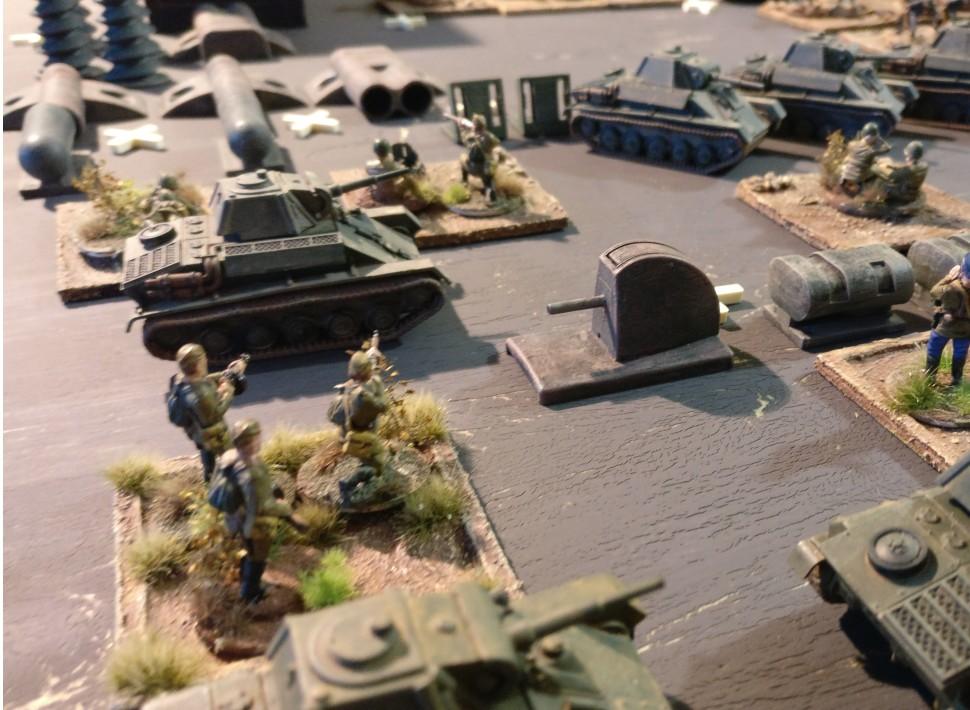 Eine Rifle-Base zwischen T-70 und Drehbank.