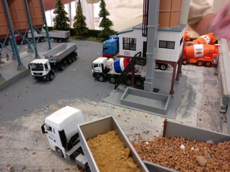 Nutzfahrzeugmodelle von Klaus Bott auf der Modellbauausstellung in Mainz-Kastel