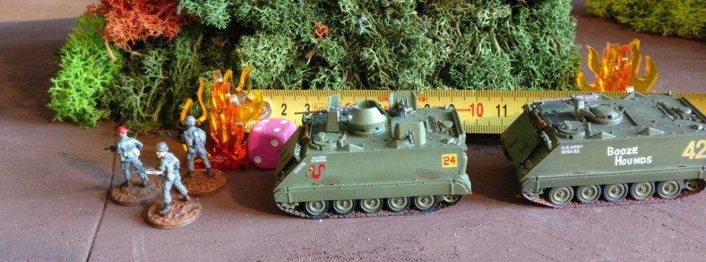 Nach der vierten Runde der Bewegung im Untergrund, hat sich der Vietcong-Trupp bis zu 60cm vorgearbeitet. Der vorderste Feuermarker markiert die Position, an welcher der Vietcong-Trupp auftauchen und das Feuer eröffnen könnte.