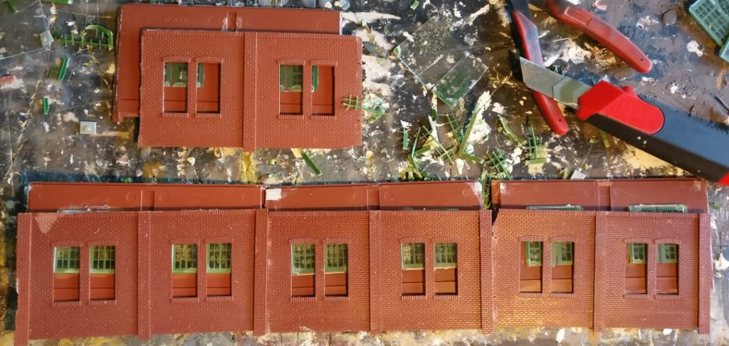 Passgenau liegen die Fensteröffnungen aufeinander.