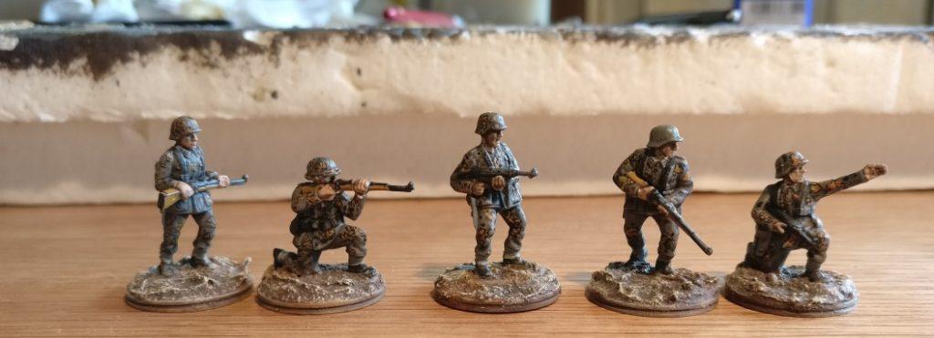 Panzergrenadiere mit Tarnmuster Eichenlaub (Herbst)