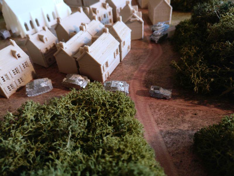 Die III. Batterie erreicht das Wäldchen am Ortsrand von Taverneux.