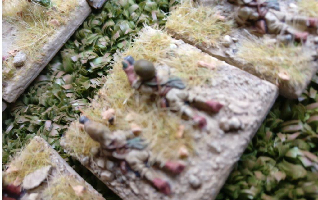 Die Granatwerfer der Japanischen Angreifer benötigen zum Pinnen des Gegners drei Sechsen