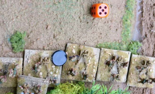 Der Artillerieschlag der US-Truppen weicht leider ab und geht neben dem Ziel nieder.