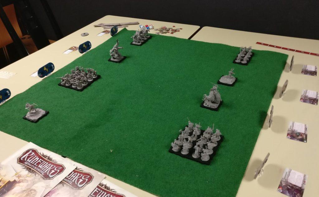 """Spieltisch """"Runewars"""" auf der Table Topia in Aschaffenburg"""