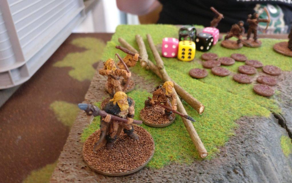 """Spieltisch """"Ugah-Ugah"""" (28mm) von Halvarson auf der Table-Topia vom Asgard in Aschaffenburg."""