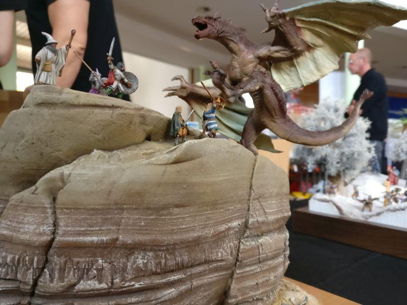 """Vignette """"Drachenfelsen"""" der Kurpfälzer Figurenfreunde auf der Inspiration Modellbau am 23.09.2017 in der Ludwig-Eckes-Halle in Nieder-Olm"""