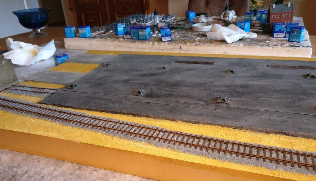 Gleiskörper und Schiene sind trocken. Der nächste Arbeitsschritt kann folgen.