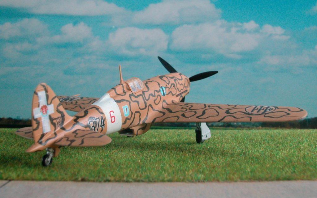 """Die MC. 202 """"Folgore"""" war alliierten Jägern gleichwertig. Mein Modell zeigt eine über Nordafrika eingesetzte Maschine. (#2)"""