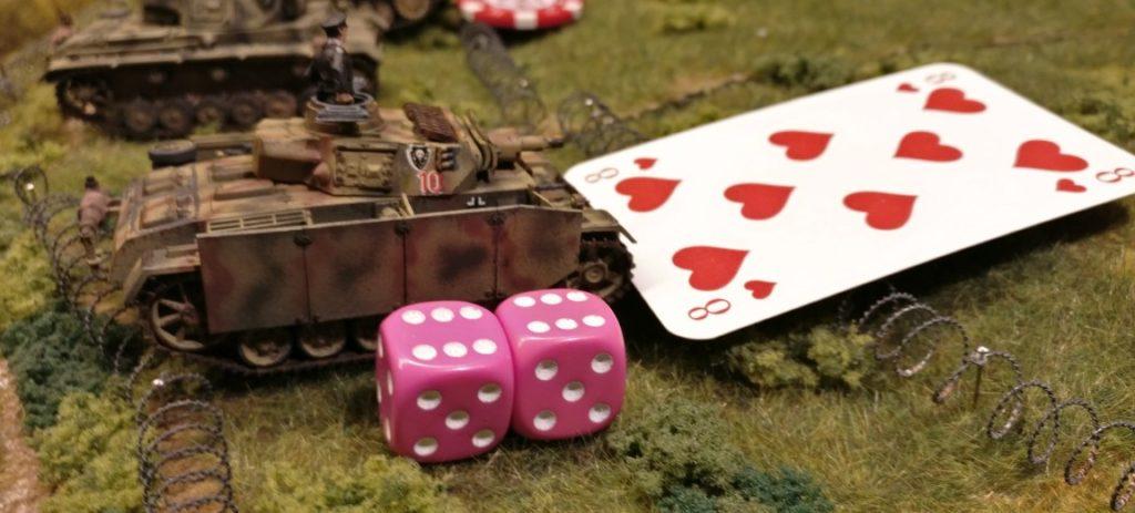 Die Besatzung des Panzer III ist happy. Der Wert der Kommandokarte wurde erwürfelt... man darf Schießen.