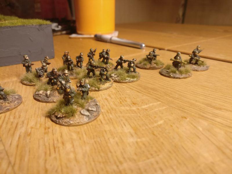 Der zweite Teil der Horde: Flammenwerfer, Panzerschreck und Co.